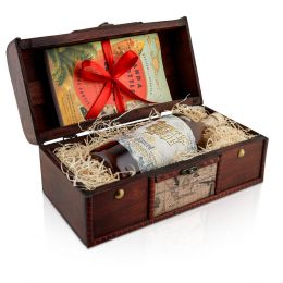 Pirate's Grog 5 Year Spiced Rum 70cl Wooden Gift Chest